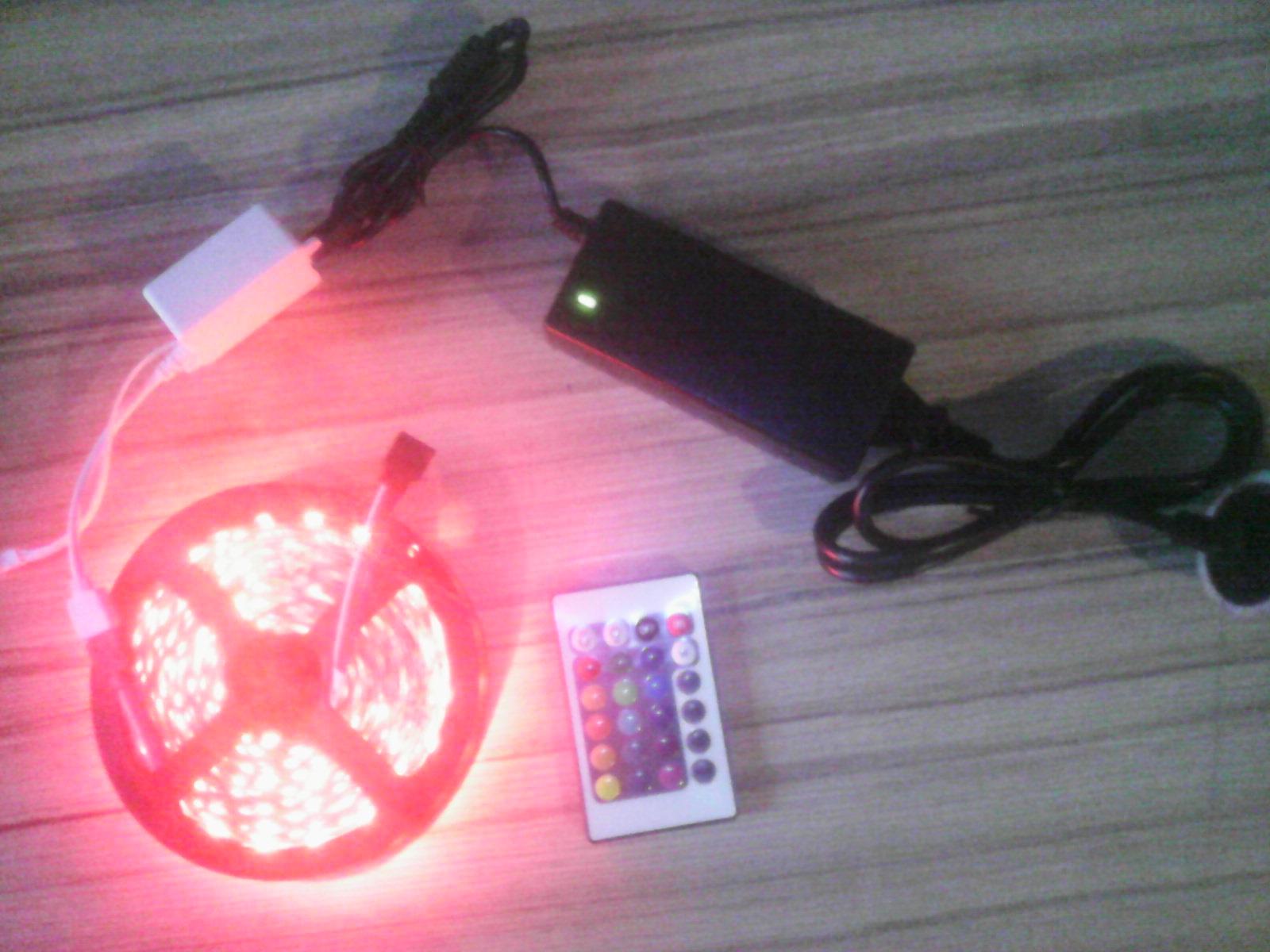 RGB 5m/300Led / 5050 + ovládač 44k + Adapter 5A 12V