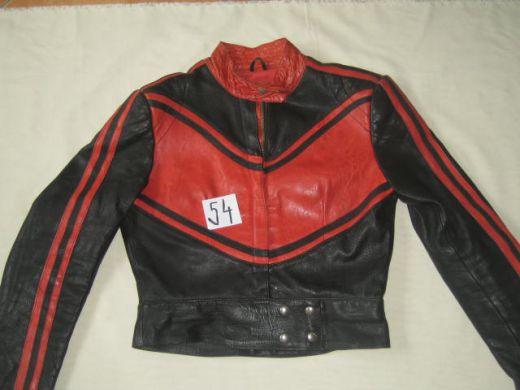 9171b323fe08 Červenočierna moto kožená budna KAZ leder č.54