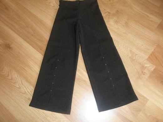 71b41c78d10a Pekné dievčenské elegantné nohavice