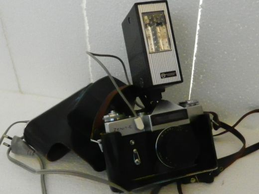 23ca451aa Predám klasický fotoaparát