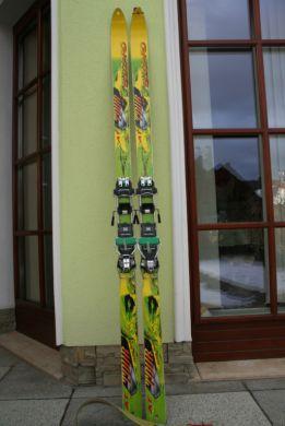 2adf60e0bb5a8 Skialpinické lyže Hagan a Blizzard, info v texte