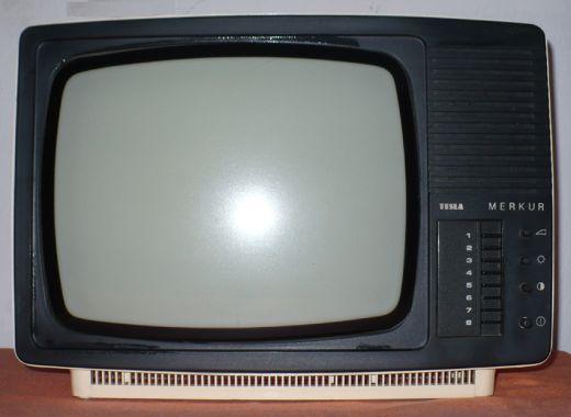 c83c97f9c Predám funkčný ČB prenosný televízor Tesla Merkur.
