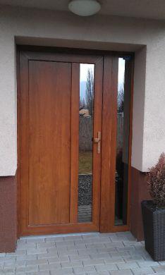 predam nove vchod.plast.dvere