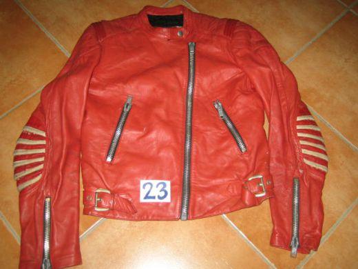 e2741b176cdf1 Motorkárska koženná bunda veľ. S č. 23