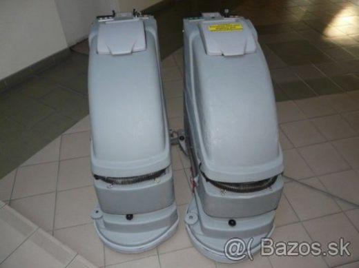 Umývací stroj - automat COMAC SIMPLA 45 B